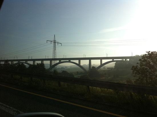 0911_road3s.jpg